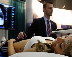 De parpadeos a nacimientos, Health Sims Get Real